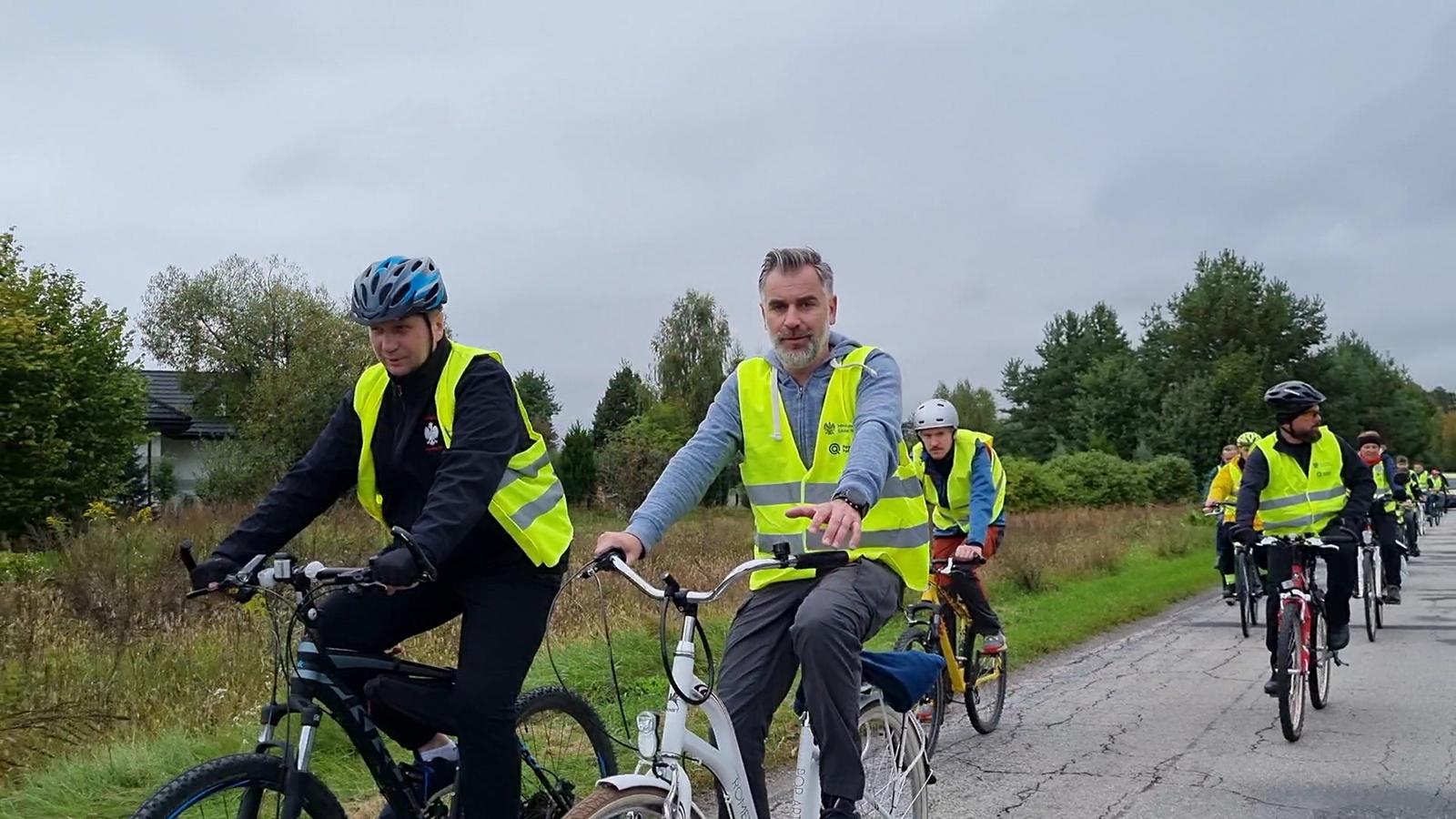 Uczestnicy rajdu rowerowego